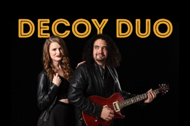 Decoy Duo <br> Playing at The Hen
